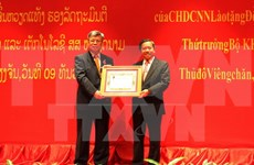 Laos recognises Vietnamese official's efforts with Issara Order