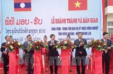 Vietnam helps Laos build agricultural technical service centre