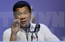 Philippine President orders closing online gambling companies