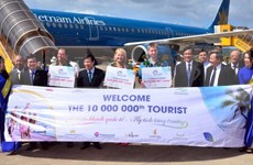 Vietnam welcomes 10 millionth foreign visitor of 2016