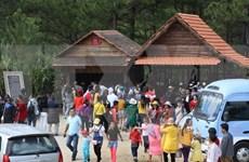 HCM City tourism market bustling over holiday season