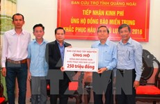 Flood victims in Quang Ngai receive financial aid