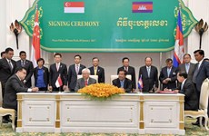 Cambodia, Singapore strengthen bilateral cooperation