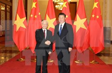 Vietnam, China ink 15 cooperation agreements on diverse areas