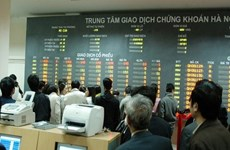 Bank, steel stocks pull down Vietnam's bourses
