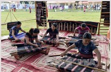 Ta Oi ethnic weaving added to national intangible cultural heritage