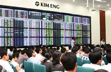 Local shares rise on Q4 expectations