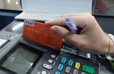 Cash payment declines by 2 percent in six years