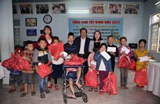 Children with HIV/AIDS celebrate Tet