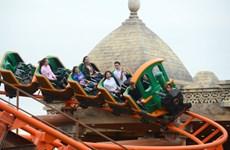Huge theme park opens in Ha Long