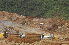 Philippine ministers concern over mass pit closure