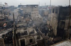 Philippine slum fire leaves thousands homeless