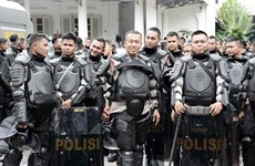 Indonesia: 75,000 policemen deployed for local elections