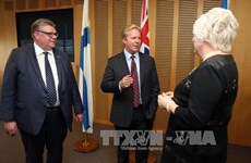 New Zealand pushes TPP without US