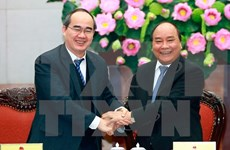 Government, Fatherland Front review partnership