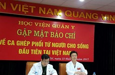 Vietnam conducts first lung-transplant donated from alive persons