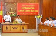 Prime Minister stresses tourism-driven economy in Khanh Hoa