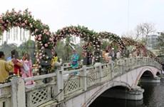 Bulgaria rose fest opens in Hanoi