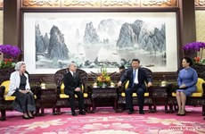 Chinese President meets Cambodian King
