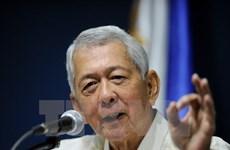 Philippine Foreign Secretary loses job over US citizenship