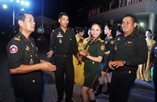 Vietnamese, Cambodian young military officers strengthen ties