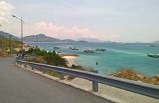 Provinces agree on coastal road