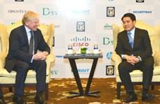 Hanoi wants Microsoft's help to become technology incubator