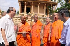 VFF President congratulates Khmer people on Chol Chnam Thmay
