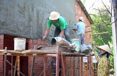 Hanoi builds houses for social policy beneficiaries