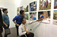 Photo exhibition showcases works by Vietnamese with disabilities