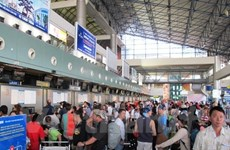 Number of delayed, cancelled flights decline