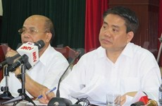 Hanoi leader holds dialogue with Dong Tam commune's residents