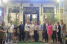 International bloggers promote Vietnam tourism