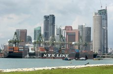 Singapore: PMI tapers off in April