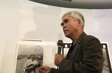 Pulitzer winning photographer donates historic war photos to museum