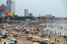 Beaches nationwide crowded in summer