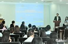 Australia helps English training for Da Nang to host APEC events