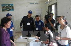 Cambodia begins communal election campaigns