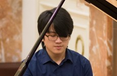 Vietnamese pianist wins first prize in international competition