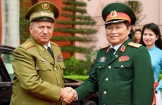 Vietnam military delegation visits Cuba