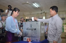 Cambodia voters elect communal people's council members