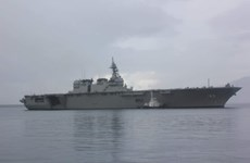 Two Japanese ships visit Philippines