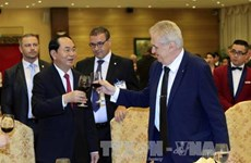 Czech President wraps up state visit to Vietnam