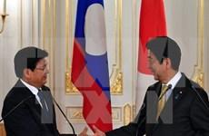 Japanese, Lao PMs hold talks on joint development plan