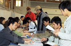 Ministry prepares measures to support Vietnamese workers in Qatar