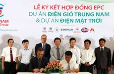 Partnership formed to develop wind, solar power in Ninh Thuan