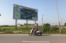 Ghost towns haunt Hanoi outskirts