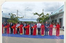 POSCO gives over 100 new homes to southern poor households