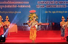 Vietnam-Cambodia diplomatic ties marked in Can Tho