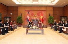 Cambodian NA President wraps up official visit to Vietnam